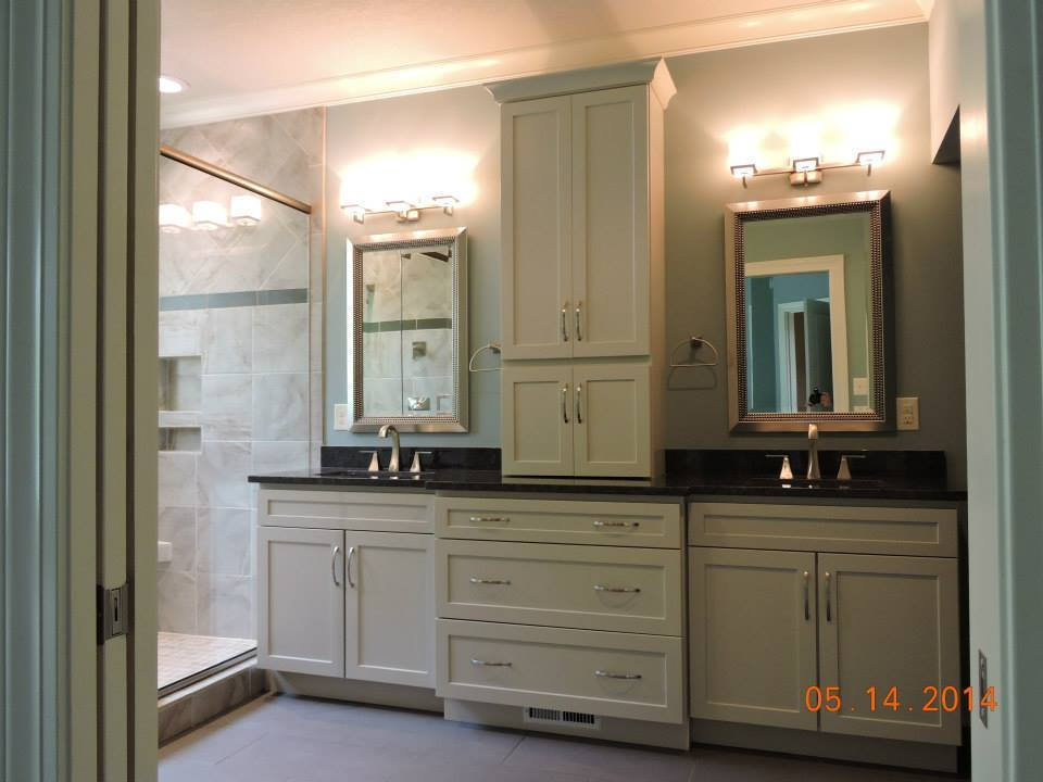 Photo gallery bathrooms tellico village tn custom home for Bathroom remodel knoxville tn